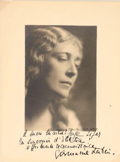 Laure Albin-Guillot