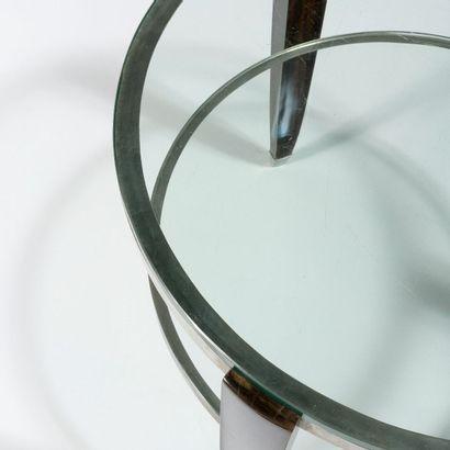 JULES DEROUBAIX (1904-1979) Guéridon circulaire Ebène de Macassar, métal chromé et...