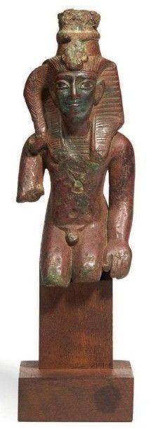 STATUETTE DE SOMTOUS. Statuette votive représentant...