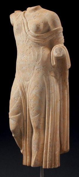 APHRODITE GÉNITRIX. Statuette acéphale représentant...