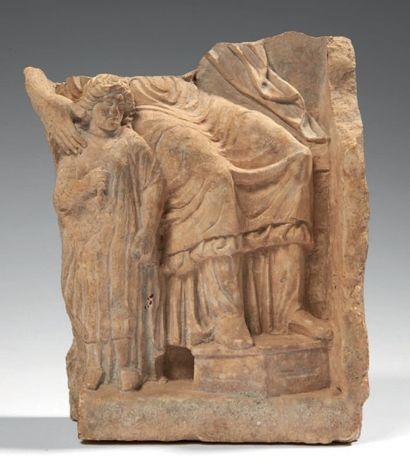 RELIEF TARENTIN. Relief fragmentaire, probablement...