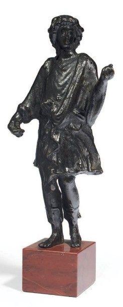 DIEU LARE. Statuette représentant un dieu...