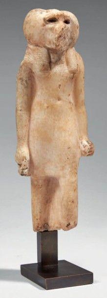 STATUETTE DE THOT. Rare statuette représentant...