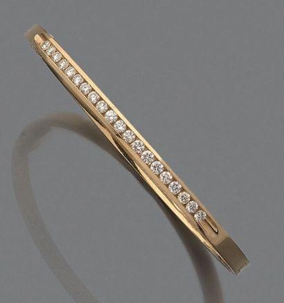 Bracelet jonc ouvrant en or jaune 14K (585°/°°),...