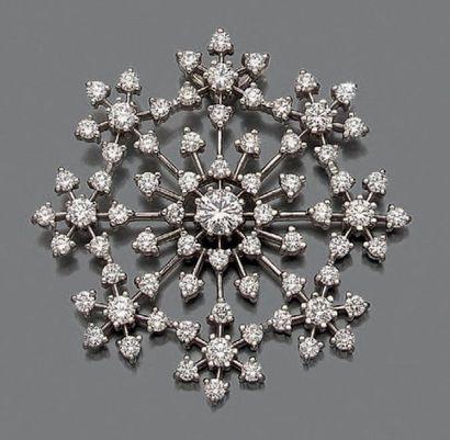 Pendentif «flocon de neige» en or gris (750°/°°),...