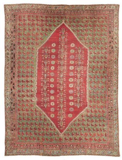 IMPORTANT TAPIS SMYRNE (Turquie) vers 1880....