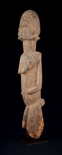 ANCIENNE STATUETTE BATEBA. Lobi, Burkina Faso. Bois, patine sacrificielle, importante...