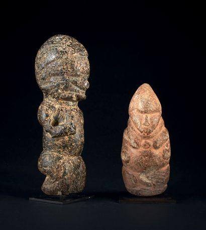Lot de DEUX ANCIENNES SCULPTURES, antérieures...