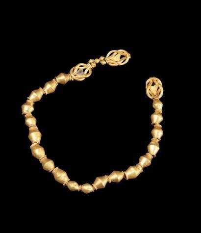 BRACELET ROMAIN. Bracelet formé de perles...