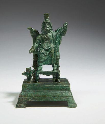 STATUETTE DE ZEUS SÉRAPIS. Statuette représentant...