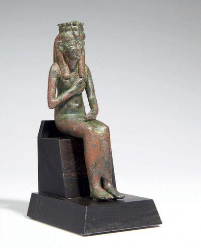 STATUETTE D'ISIS LACTANS. Statuette votive...