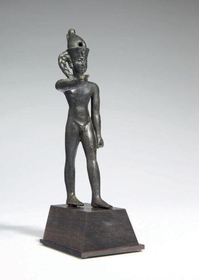 STATUETTE DE IHY. Rare statuette votive représentant...