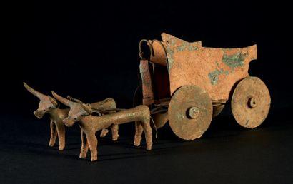 MODÈLE DE CHAR. Rare modèle formé d'un char...