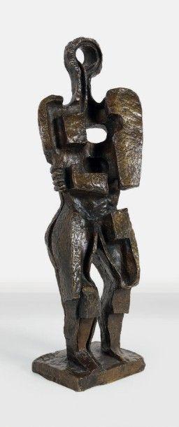 Ossip ZADKINE (1890-1967) La femme inconnue, 1965 Epreuve en bronze à patine dorée....