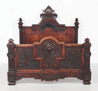 GABRIEL VIARDOT (1830-1906) France Importante chambre a coucher a decor japonisant...