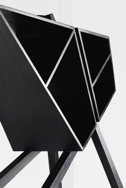 NORAYR KHACHATRYAN (NÉ EN 1983) Prototype Bibliotheque modele «Rhombus S» Chêne massif...