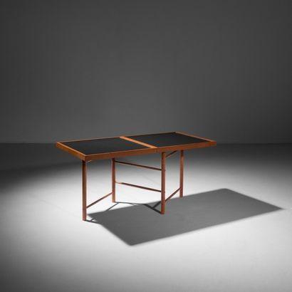 Arne JACOBSEN (1902-1971) Danemark Ensemble de douze fauteuils «Lilly» modèle 3108...