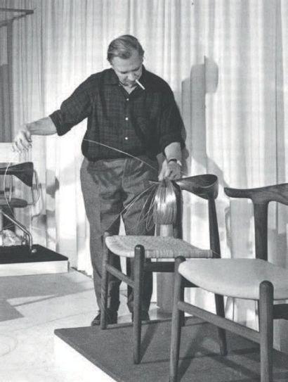 Hans J. wegner (1914-2007) Danemark Paire de chaises «Cow Horn» modèle JH 505 Chêne,...
