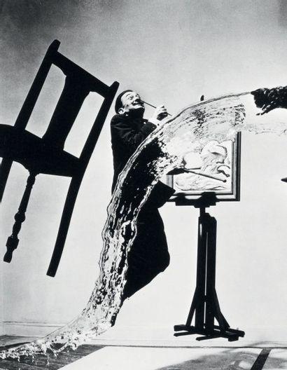 Philippe HALSMAN Salvador Dali, Atomicus, 1948 Tirage argentique d'époque. Tampon...
