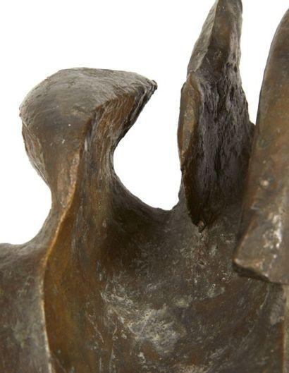 Alicia PENALBA (1918-1982) Sans titre, circa 1950 Sculpture en bronze à patine mordorée...