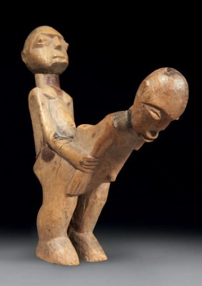 STATUETTE BATÉBA, cette sculpture attaché...