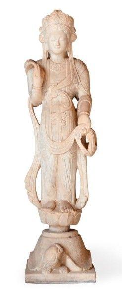 Statue de Guanuyn sur tortue, en pierre blanche...