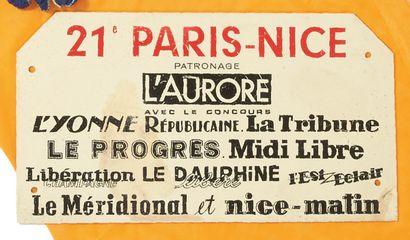 PLAQUE 21' PARIS-NICE. H_30 cm L_40 cm (à...
