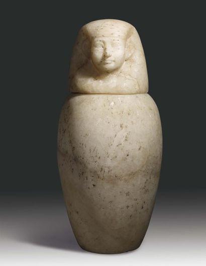 Vase canope. Grand vase canope à panse ovoïde...