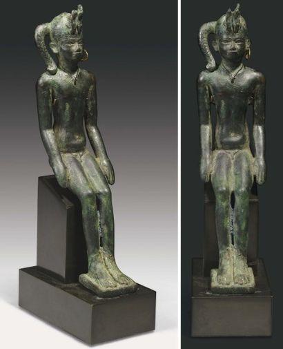 Rare statuette votive représentant le dieu...