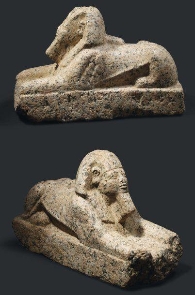 Statue de sphinx. Rare statue de sphinx représenté...