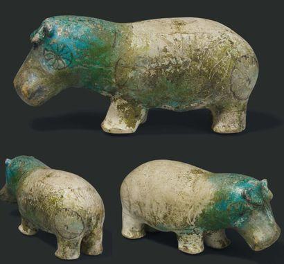 Statuette d'hippopotame. Exceptionnelle figurine représentant un hippopotame, à...