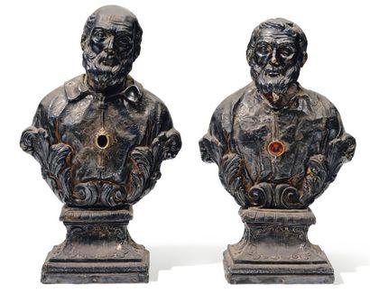 Paire de bustes reliquaires à âmes en bois...