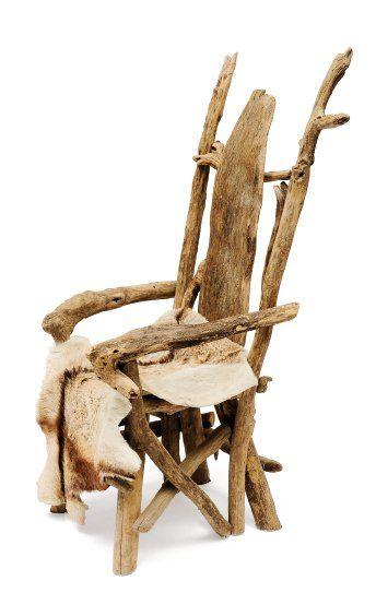 Fauteuil constitué de pièces de bois flotté...