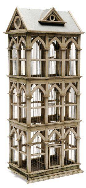 Cage à oiseaux en bois laqué crème, en forme...