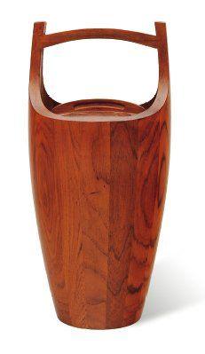 JENS QUISTGAARD (1918-2009) Sceau à glace de forme pansue en teck à couvercle à prise...