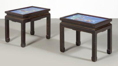Deux tables basses rectangulaires en bois,...