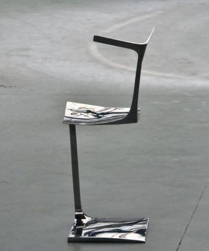 POL QUADENS (NÉ EN 1960) Belgique Chaise modèle «Solo» Acier inoxydable poli Pièce...