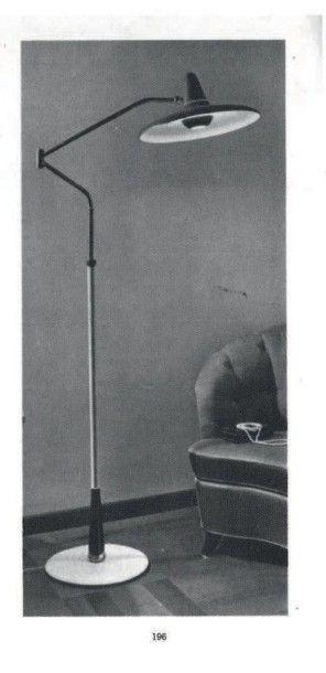 STILNOVO FONDÉ PAR BRUNO GATTA EN 1946 Italie Lampadaire ajustable et orientable...