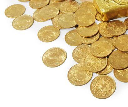 UN LOT DE 100 PIÈCES DE 20 FRANCS SUISSES OR. Poids: 644,7 g.