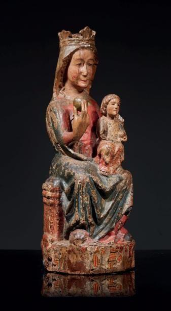 Vierge à l'Enfant en Majesté en bois sculpté,...