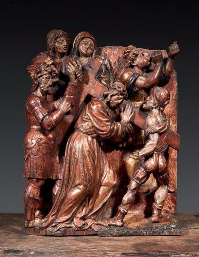 Important groupe en bois de résineux sculpté,...