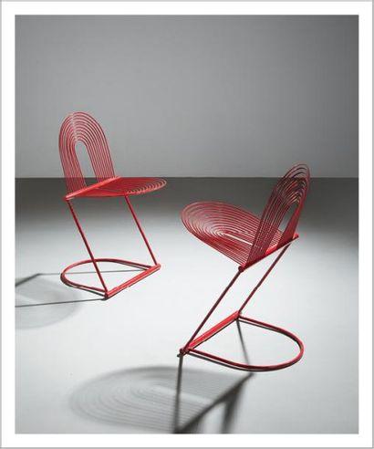 HERBERT OHL (1926-2012) Allemagne Paire de chaises modèle «Swing» Métal laqué rouge...