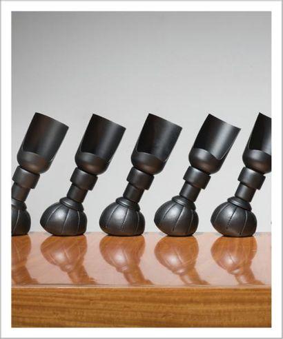 GINO SARFATTI (1912-1985) Italie Ensemble de cinq lampes de tables modèle «P 600»...