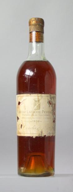 1 bouteille CHÂTEAU LAFAURIE PEYRAGUEY 1er GCC - Sauternes 1936 Etiquette tachée,...