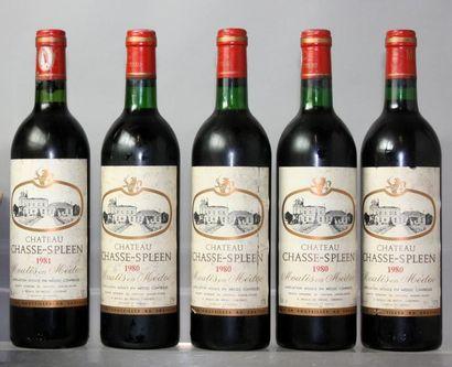 Lot de 5 bouteilles CHÂTEAU CHASSE SPLEEN...
