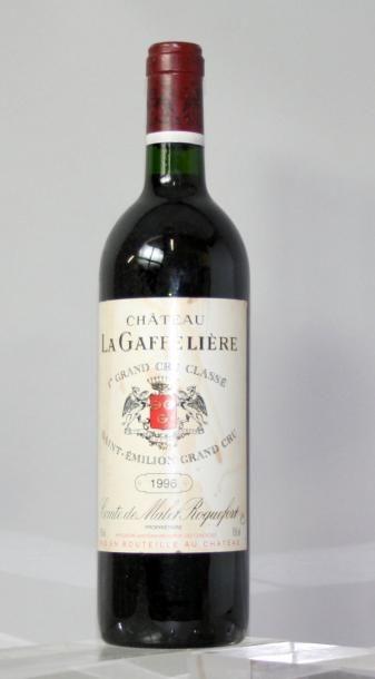 1 bouteille CHÂTEAU La GAFFELIERE 1er GCC...