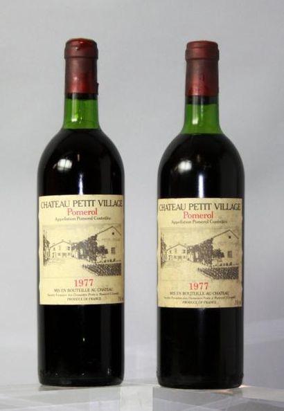 2 bouteilles CHÂTEAU PETITE VILLAGE - Pomerol...