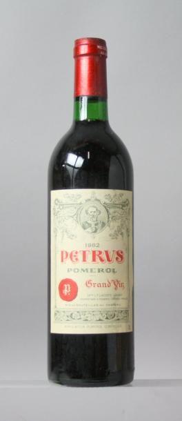 1 bouteillePETRUS 1982