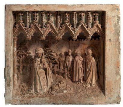 Partie de retable en pierre calcaire sculptée...
