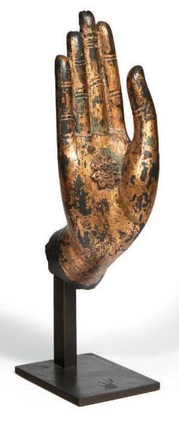 MAIN GAUCHE de bouddha en bois sculpté et...